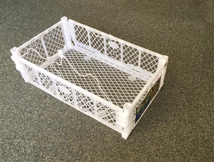 We have appx 1500 spare grapes trays in white all in good usable condition. Ideal for shelf storage or reuse in agriculture.