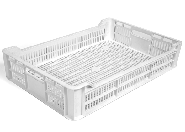 """During the fruit season, Soft Fruit  (strawberry - raspberry) is often collected in punnet trays like the""""BERRY TRAY"""". Standard size British Plastic Punnets  bought in shops and supermarkets are placed within a euro size tray  and filled directly with fresh picked produce . Ventilation in the base and along the sides ensure produce remains fresh and lower sides ensure AIRFLOW through and over the produce to maintain freshness and quality  when stacked on pallets. Interestingly strawberries these days are grown above ground hanging from basket/bags which allows for greater  growth movement."""