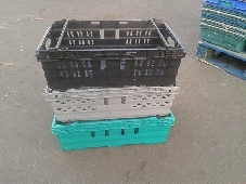 used Supermarket stack & Nest Trays good as new and seconds available