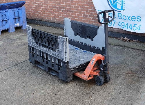 Magnum FOLDING PALLET CONTAINER - The ultimate Plastic BOX for industry