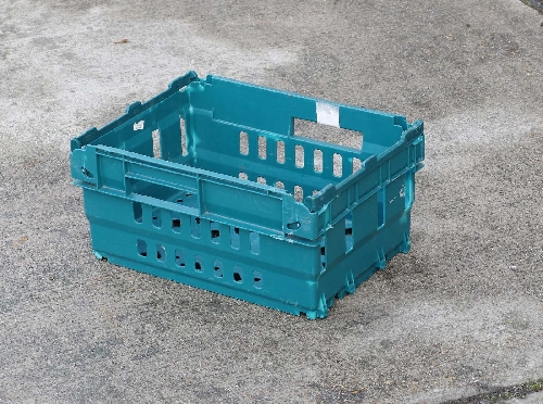 supermarket bail arm tray small half size Stack & Nest