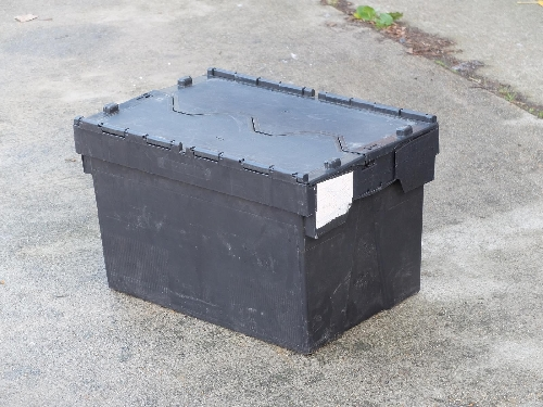 Attached Lid  distribution container 60 ltr