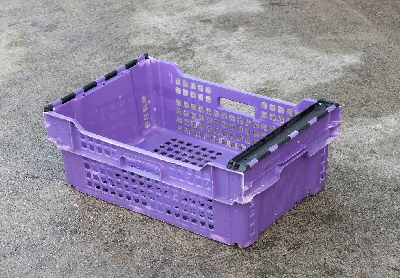 We have available supermarket trays available in different colour choices. Stack & Nested vented, these polypropylene container are tough durable stacking trays Ideal for many application in storage and distribution.